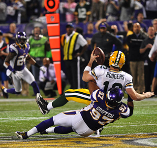 Everson Griffen - Aaron Rodgers